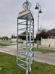 Photo 1 - Le panneau d'affichage des Heurigen est désespérement vide