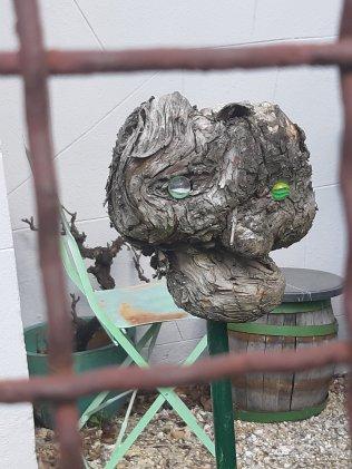 Sculpture dans un jardin privé - Perchtoldsdorf (NÖ) - 03.20 - Photo JYR